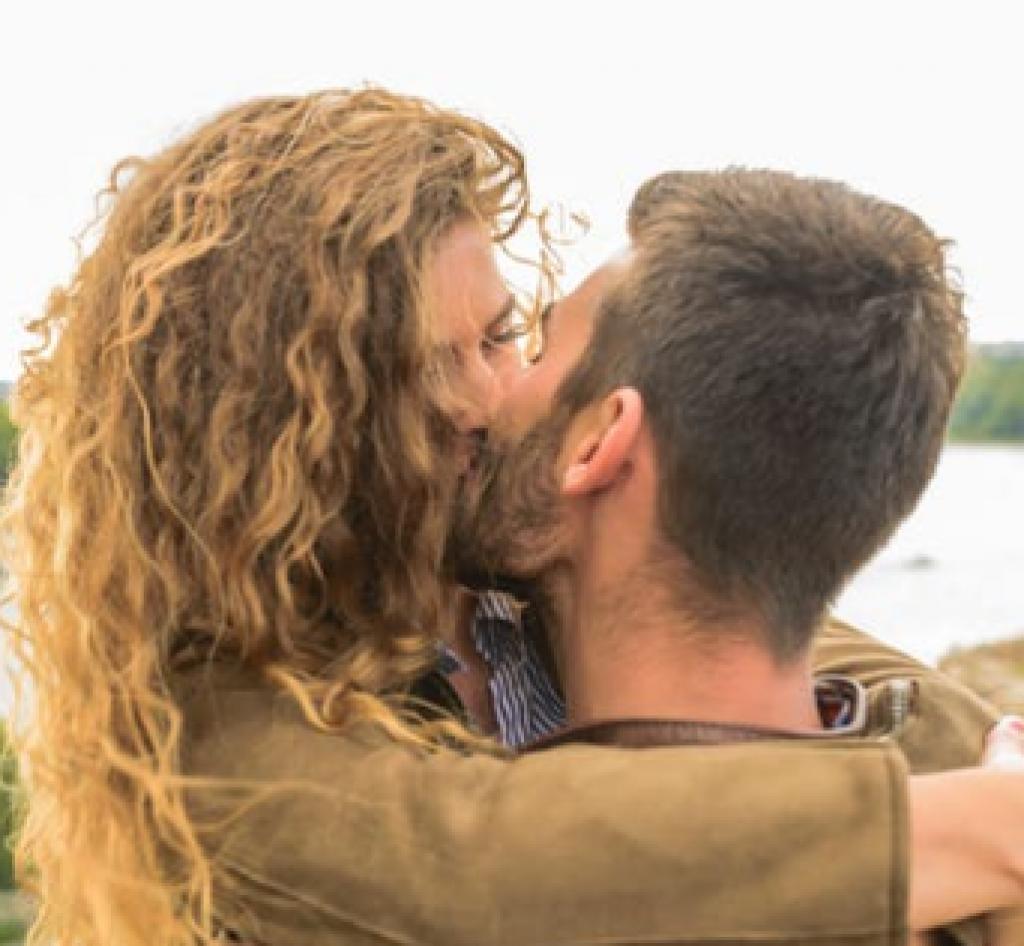 Top 10 dicas beijo com pegadas